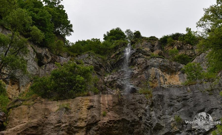 водопад-скакля