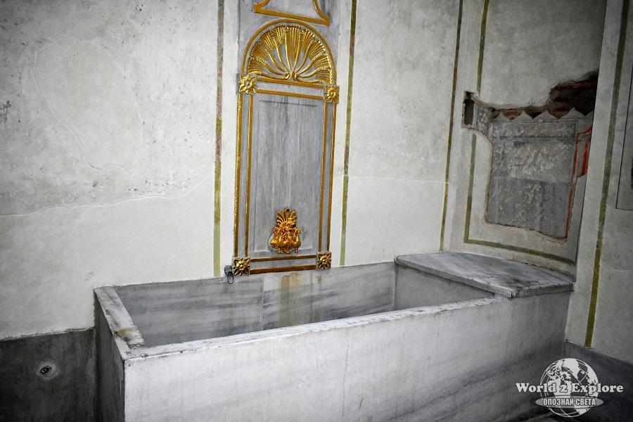 Банята на валиде султан