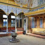 Залите и стаите в харема са пищно украсено